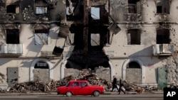 烏克蘭東部城市受到戰火破壞