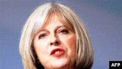 Bộ trưởng Nội Vụ Anh Theresa May