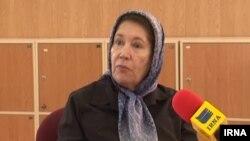 مینو محرز استاد دانشگاه و رئیس مرکز تحقیقات ایدز ایران