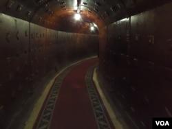 50年代兴建,莫斯科市中心的一处防御导弹核武攻击的地下掩体,目前已对外开放(美国之音白桦拍摄)。