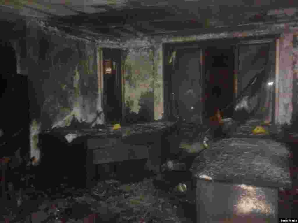 Ankara'daki HDP Genel Merkezi'ne düzenlenen saldırının ardından merkezin ikinci katı neredeyse tamamen yanmış durumda