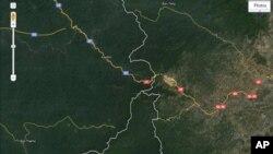 រូបថតផែនទីរបស់គេហទំព័រ Google Maps កាលពីថ្ងៃទី១៦ខែមិថុនាឆ្នាំ២០១១នេះ បង្ហាញឲ្យឃើញតំបន់ព្រំដែនប្រសព្វគ្នារវាងកម្ពុជា (តំបន់កន្ទុយនាគ) ឡាវ និង វៀតណាម។ ប្រទេសទាំងបីចង់រួមគ្នាអភិវឌ្ឈតំបន់ព្រំដែនត្រីកោណនេះ ឲ្យទៅជាតំបន់