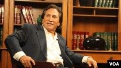El ex presidente Toledo, asegura que conoce de cerca la pobreza porque él mismo la vivió.
