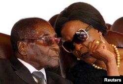Grace Mugabe and her husband, Robert Mugabe.