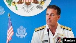 美軍太平洋艦隊司令阿奎利諾在曼谷舉行的新聞發布會上講話。 (2019年12月13日)