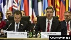 Srpski šef dilomatije Ivica Dačić i sprski premijer Aleksandar Vučić na Ministarskom savetu OEBS-a
