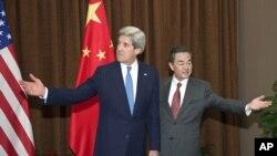 美國國務卿克里星期四(9月19日)將在華盛頓與來訪的中國外交部長王毅舉行雙邊會談。(資料圖片)