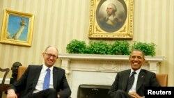 美國總統奧巴馬和烏克蘭臨時總理亞采紐克3月12日在白宮會晤