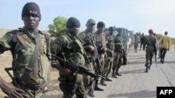 Binh sĩ Cameroon được triển khai để tăng cường cho lực lượng quân đội chống nhóm Hồi giáo Boko Haram ở Nigeria
