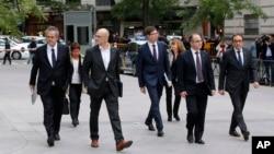 Los destituidos exministros del gabinete de Cataluña llegan a la Corte Nacional en Madrid, para responder a una investigación de rebelión luego que la región declarara la independencia de España. Nov. 2, 2017.