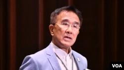 实政圆桌立法会议员田北辰呼吁港府暂缓修订《逃犯条例》。 (美国之音汤惠云拍摄)