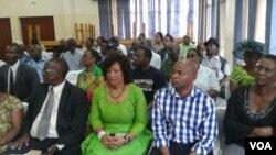 FILE: Akade besemhlanganweni webandla leMDC elikhokhelwa nguProfessor Welshman Ncube