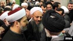 عکسی از دیدار پیشین مولوی عبدالحمید با آیت الله خامنه ای رهبر