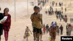 Iračke izbjeglice Yazidi bježe pred militantima Islamske države