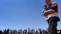 Người tị nạn Iraq tại trị Khazir ngoài Irbil, ngày 16/6/2014. Con số những người tị nạn và thất tán ngay trong Iraq đang ngày càng gia tăng.