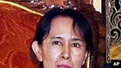缅甸反对派领袖昂山素季(资料照片)