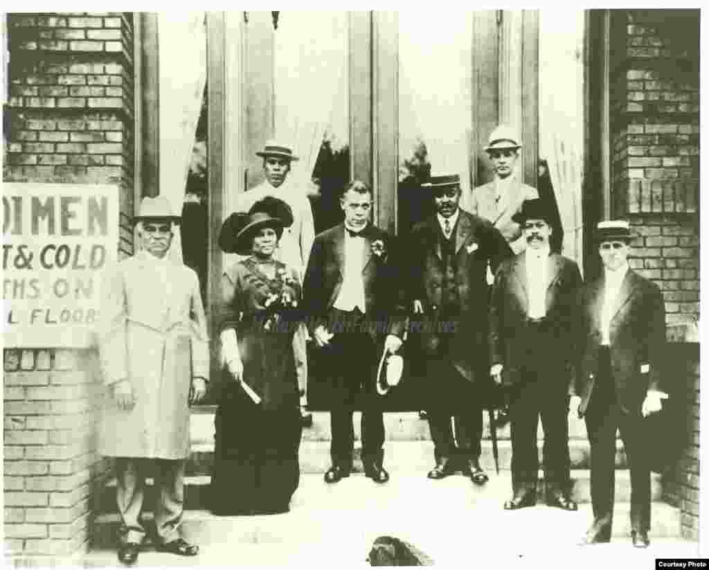 Madam Walker at the 1913 dedication of the Senate Avenue YMCA (Photo credit: A'Lelia Bundles/Madam Walker Family Archives)