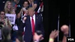 Presiden Donald Trump saat berkampanye di Tulsa, di tengah lonjakan kasus Covid-19 di AS. (Foto: dok).