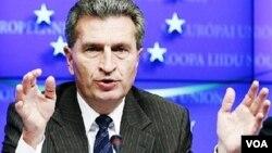 Energetika üzrə Avropa Komissarı Günter Ottinger