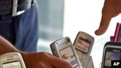 Истражување: само мал пораст на рак на мозокот од прекумерно користење на мобилни телефони
