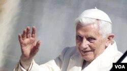 """El Papa subrayó la voluntad de los católicos """"de ayudar a un diálogo constructivo para evitar los traumatismos""""."""
