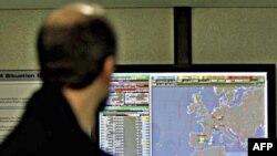 """Zona zabranjeno leta u Libiji označena je na kompjuterima """"Eurokontrola"""" u Briselu, 18. marta 2011."""