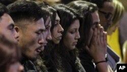 El servicio en recuerdo de las víctimas del ataque contra la Universidad Oikos fue realizado en la iglesia bautista Allen.