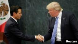 Donald Trump đi thăm Mexico theo lời mời của Tổng thống Mexico Enrique Pena Nieto.