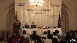 امریکہ جانے والے طالب علموں کے لیے اسلام آباد میں منعقدہ تقریب