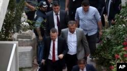 Elpastor estadounidense, Andrew Brunson, detenido hace dos años, regresó el viernes 12 de octubre de 2018 a su casa tras ser liberado por un tribunal turco.