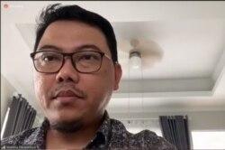 Ketua Pelaksana Harian Mitigasi Pengurus Besar Ikatan Dokter Indonesia (IDI) Mahesa Paranadipa Maikel dalam tangkapan layar. (Foto: VOA/Sasmito)