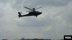 阿帕契AH-64攻击直升机