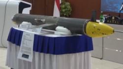 Drone yang ditemukandi perairan Selayar, Sulawesi Selatan saat dilihatkan dalam konferensi pers Angkatan Laut di Jakarta, Senin ( (4/1/2021). Foto: screenshot