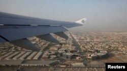 نمایی از دبی از هواپیما