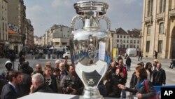 Taça do Euro 2016, Paris, 2016