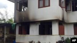 آتش زدہ ہاسٹل کی عمارت کا بیرونی منظر۔