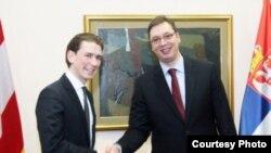Premijer Srbije Aleksandar Vučić (desno) i ministar spoljnih poslova Austrije Sebastijan Kurc (arhivski snimak)