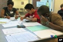 Μαθήματα οικονομικών στα αμερικανικά γυμνάσια