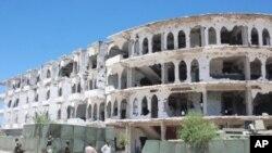 首都摩加迪沙戰火痕跡。