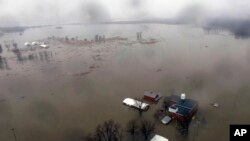 ریاست آئیووا میں سیلاب سے وسیع علاقہ زیرِ آب آیا ہوا ہے۔