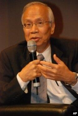 香港公民黨創黨主席關信基
