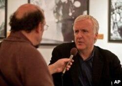 VOA Reporter Adam Phillips interviews director James Cameron.