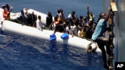 Migrants rescue