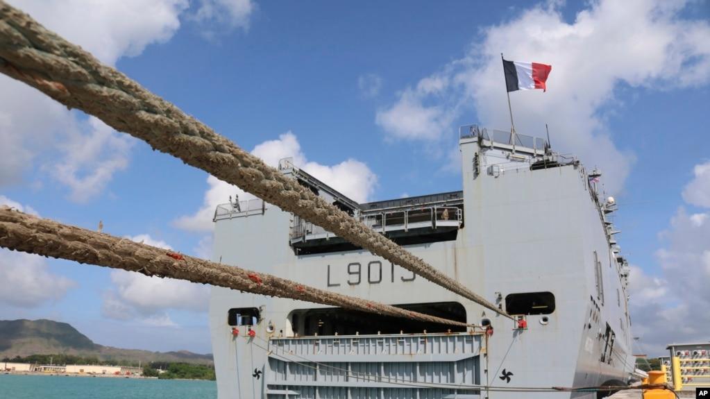 Tàu đổ bộ tấn công lớp Mistral của Pháp ở căn cứ Guam của Mỹ trong lần tham gia tập trận chung hồi tháng 5 năm 2017