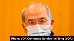 香港民意研究所副行政總裁鍾劍華表示,去年參與初選投票的61萬市民的資料已經全部銷毀 (攝影:美國之音湯惠芸)