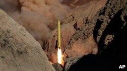 سپاه پاسداران ایران گفته است که راکت جدید آن کشور با برد ۲۰۰۰ کیلومتر می تواند اسرائیل را هدف قرار دهد.