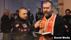 Marinko Zdjelar na obilježavanju praznika Krstovdan. Izvor: Facebook