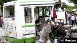 撞車後的巴士殘骸