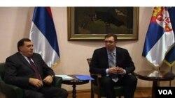 Predsednik Republike Srpske, Milorad Dodik i potpredsednik Vlade Srbije, Aleksandar Vučić tokom susreta u Beogradu, 9. februara 2014.