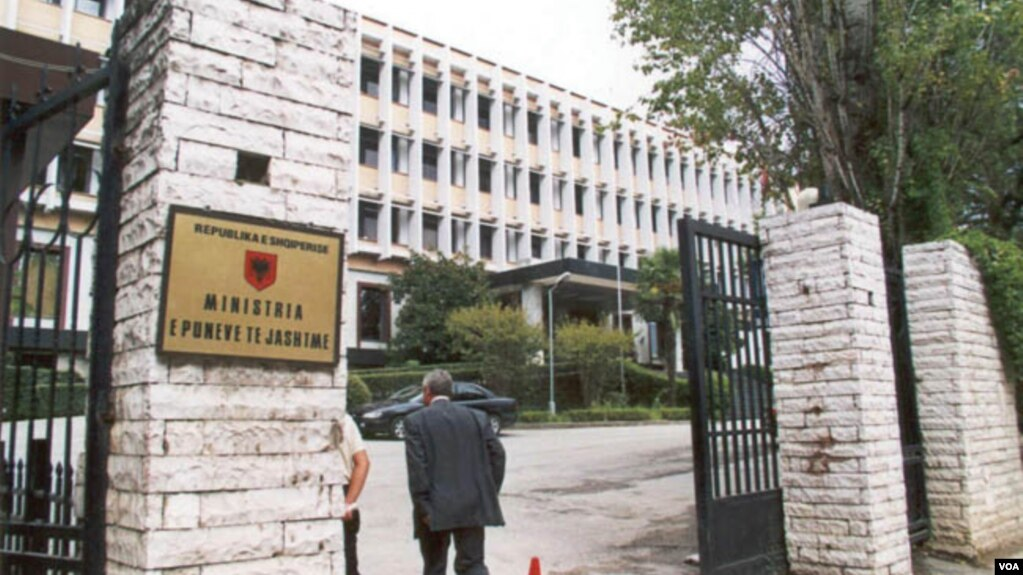 Tirana proteston ndaj incidenteve antishqiptare në Athinë